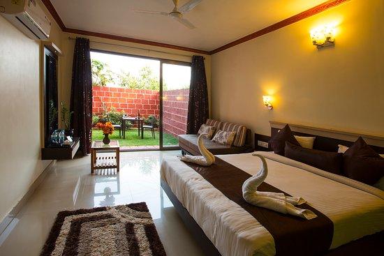 Balcony - Picture of Shivsagar Farm House, Mahabaleshwar - Tripadvisor