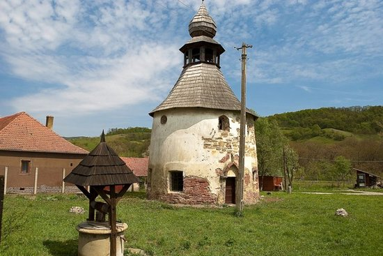 Geoagiu Bai, Romania: getlstd_property_photo
