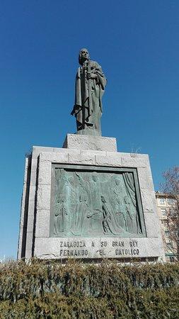 Monumento Al Rey Fernando El Catolico