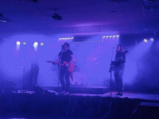 Bluffton, IN: Club 250 - Hubie Ashcraft Band