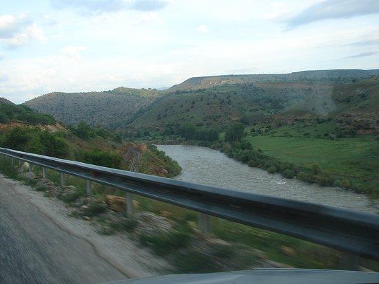 Erzincan, Türkiye: Acemoğlu Köprüsü Şehitler Anıtı 10
