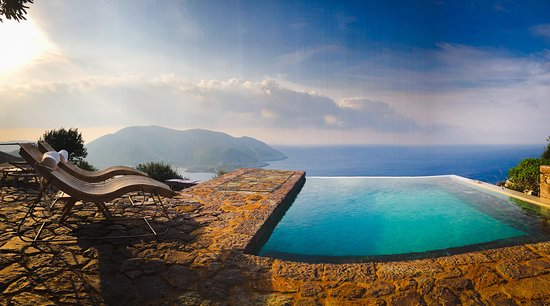 Vathia, Greece: Morning view from breakfast