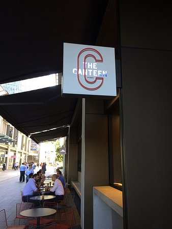 Streets of Barangaroo: A Typical Cafe Area