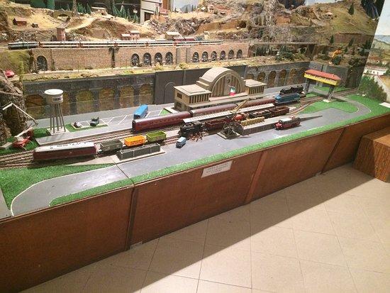 Plastici Ferroviari Cidneo e Villa d'Alme