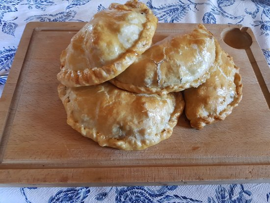 Alcossebre, Espagne : Pasties made to a traditional Cornish pasty recipe. Proper job!