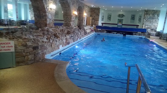 Inside pool - Picture of Sands Resort Hotel & Spa, Newquay - TripAdvisor