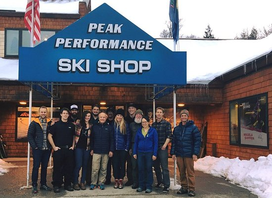 ‪Peak Performance Ski Shop‬
