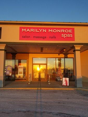 Bangor, ME: Marilyn Monroe Spas