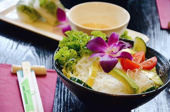 glassnoodle avocado salad