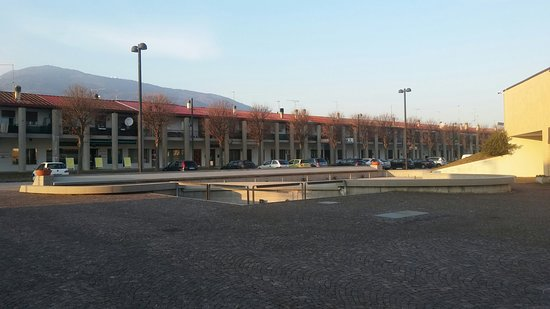 Fontana monumentale dedicata alle vittime del disastro del Vajont