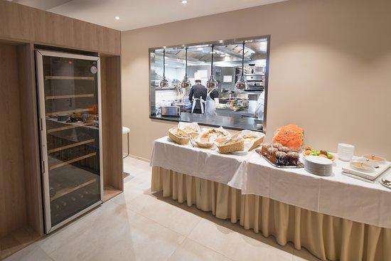 Differdange, Luxembourg: Breakfast buffet