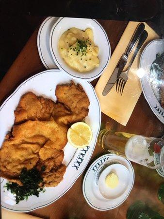 Tappa obbligatoria per gustare la vera cucina austriaca!