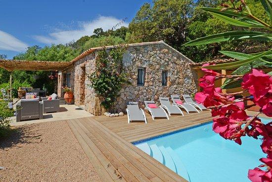 Corse-du-Sud, Francja: vacances en Corse bergerie 8 pers. vue mer