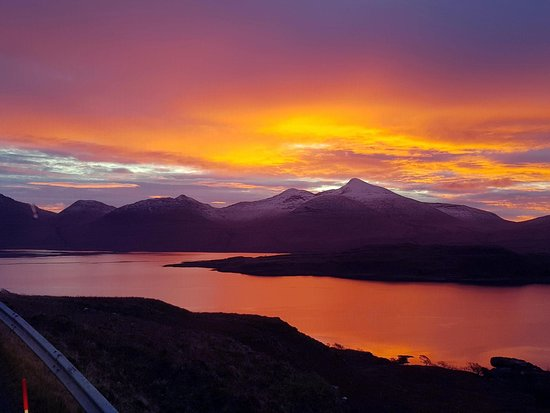 Salen, UK: Sunset over Ben More and Loch na Keal 🌄