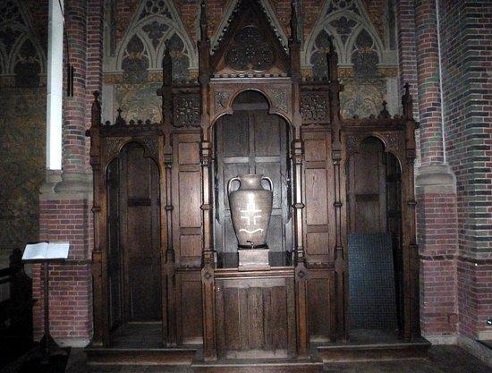 St. Antonius Katholische Pfarrkirche zu Papenburg