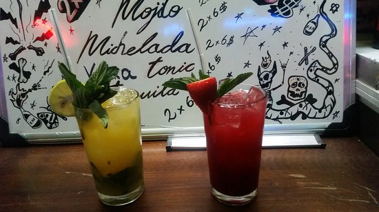 Strawberry and passion fruit Mojito