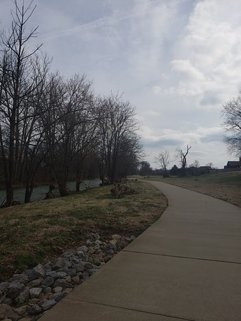 Gallatin, TN: Stationcamp greenway
