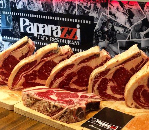 Paparazzi Cafe and Restaurant