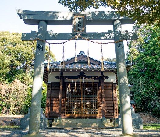 Iki, Nhật Bản: 山の奥にひっそりと佇む。