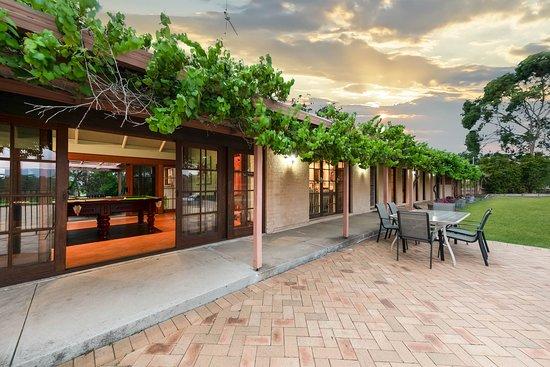 Gabriel's Paddocks Vineyard, Winery and Accommodation Photo