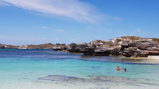 Picture Of Parakeet Bay, Rottnest Island