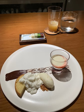 Closing dessert dishes with soy milk gelato and chiffon cake, and several palete chasers (rum raisin, pistachio, matcha and a special tofu chocolate)