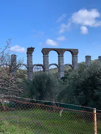 Moria, Griechenland: Roman Aquaduct may be around 200AD