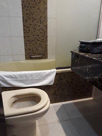 extremely small bathroom picture of dorus hotel dubai tripadvisor rh tripadvisor com ideas for extremely small bathrooms