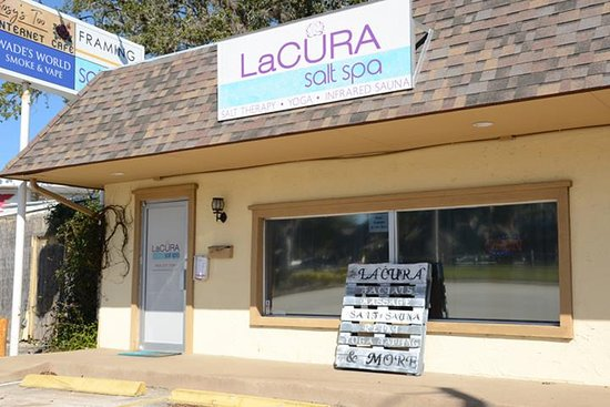 LaCura Salt Spa
