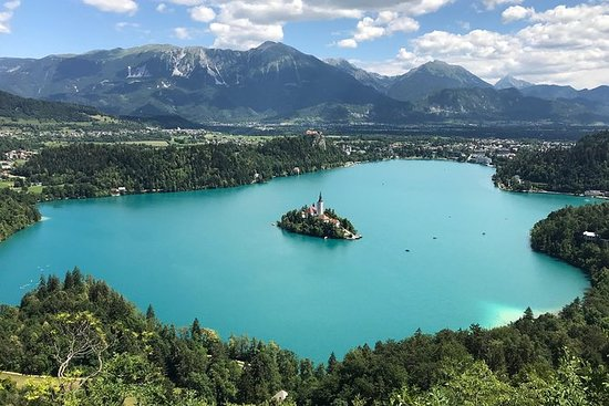 Lake Bled og Ljubljana Tour fra...