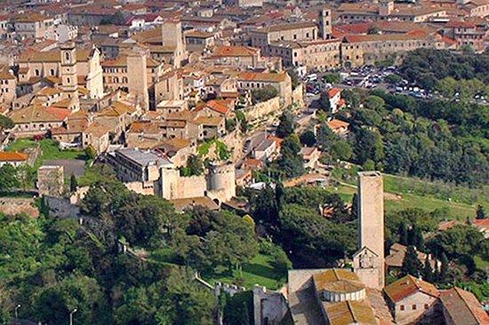 Tarquinia & Tuscania aus Civitavecchia