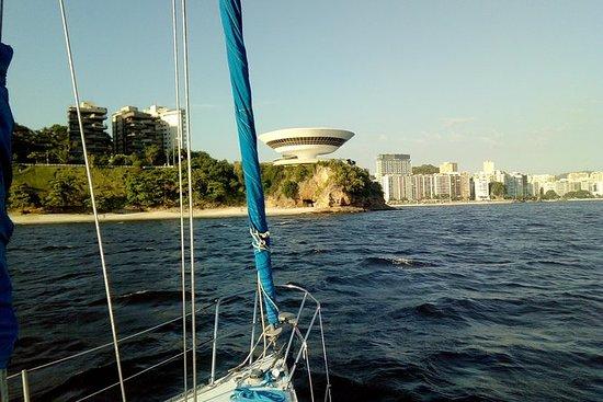Segelboot-Sonnenuntergangstour