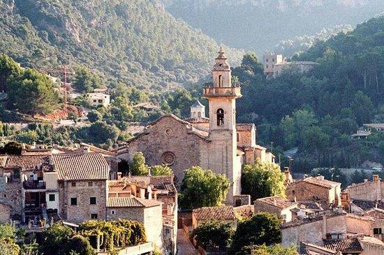 Valldemossa y el monasterio cartujo...