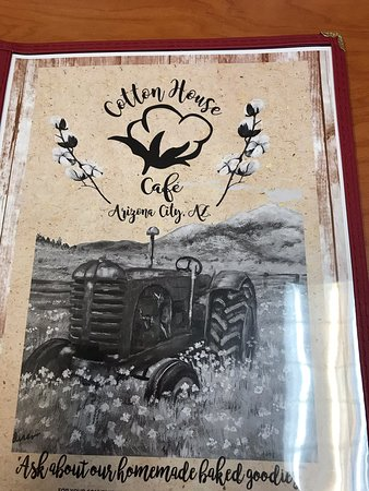 Arizona City, AZ: Extensive menu plus a pastry case!