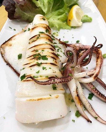 Calamaro arrostito