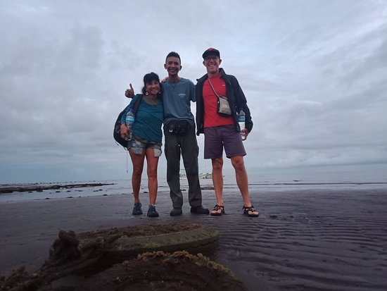 When i taking photo with my friend from canada to explore balinese nature at lovina beach.
