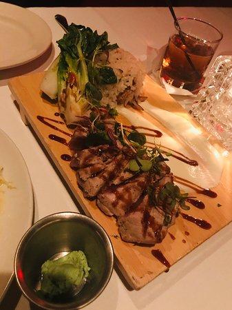 Salty's on Alki Beach: Grilled Ahi Steak - YUMz x3