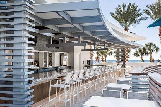 Wyndham Grand Clearwater Beach: BarLounge