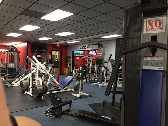 Chip's 24 Hour Health & Racquet Club