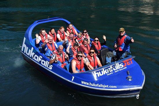 從陶波出發的Hukafalls Jet Boat Ride照片