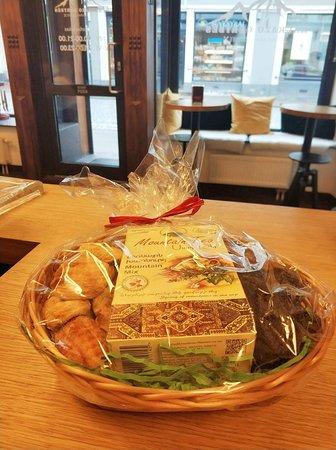 Kaukazo gėrybės (Caucasian goodies): Gift Baskets