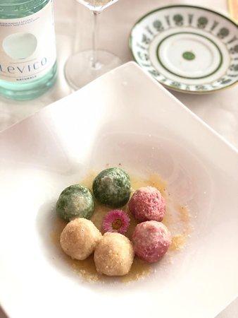 Ristorante Villa Madruzzo: Canederlotti di spinaci, rapa rossa e formaggi di malga