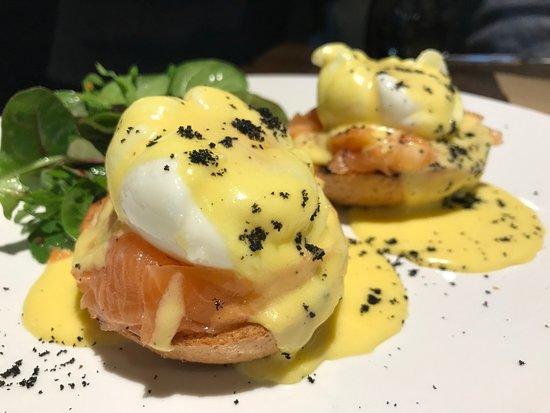 Bootlegger: Яйца Флорентин