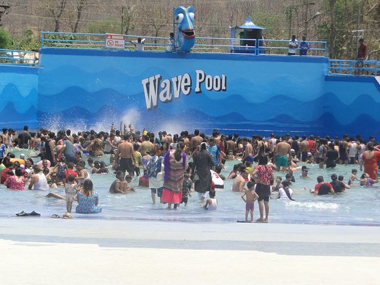 Fun N Food Village: Largest wave pool ever we have enjoyed