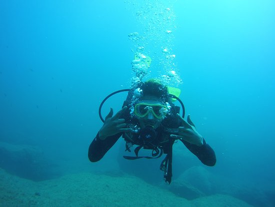 Learn to scuba dive with Top Diving Gran Canaria