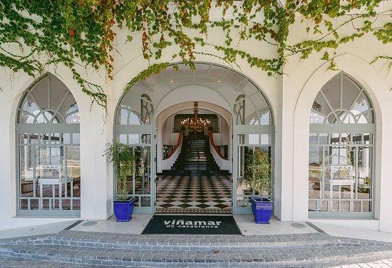 Casa Valle Vinamar: Entrada al hall de viña mar