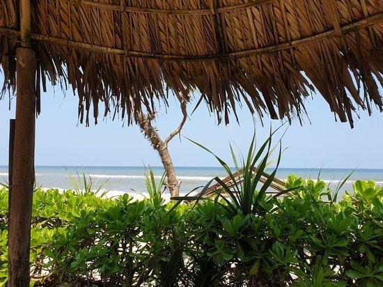The Beach Bar Hue: Endroit magique .. le calme