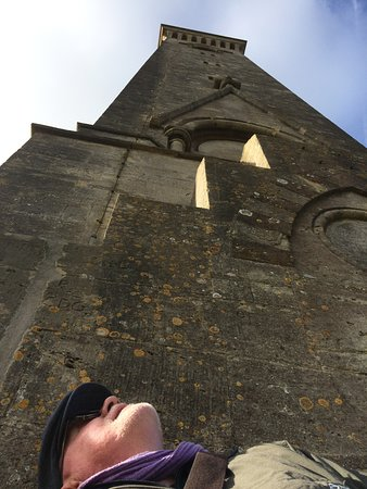 North Nibley, UK: Climb to the top of Tyndale Tower - stone steps - not for the faint-hearted - cold and windy on the top - but fabulous!