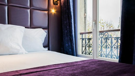Hotel d'Alsace: Guest room