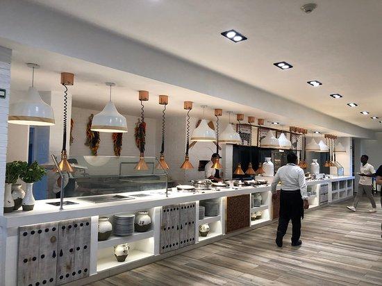 Club Med Cancun: buffet